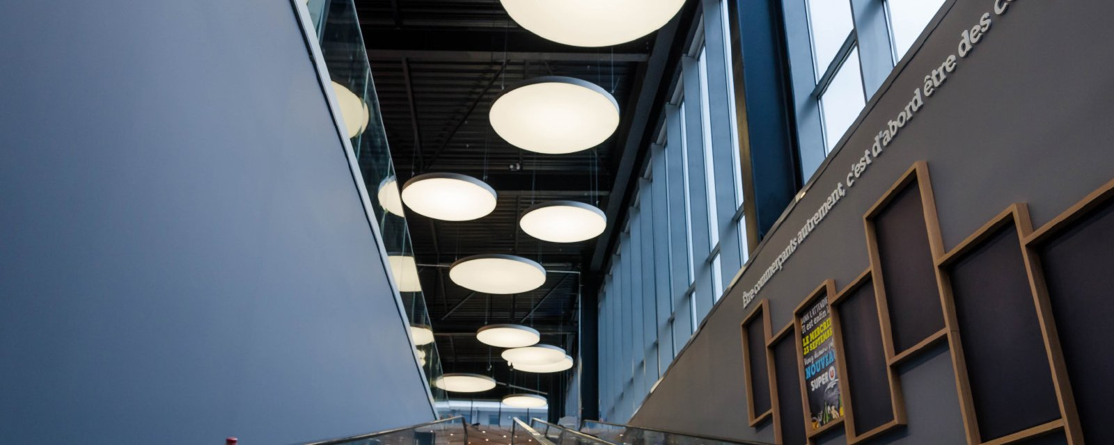 Reduce corridor noise with our acoustic solutions!